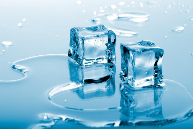 Что делать, если в камере холодильника появилась вода